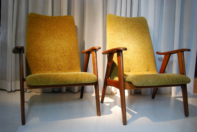 Retro jaren 60 teakhouten fauteuils met groene bekleding   DE GELE ETALAGE
