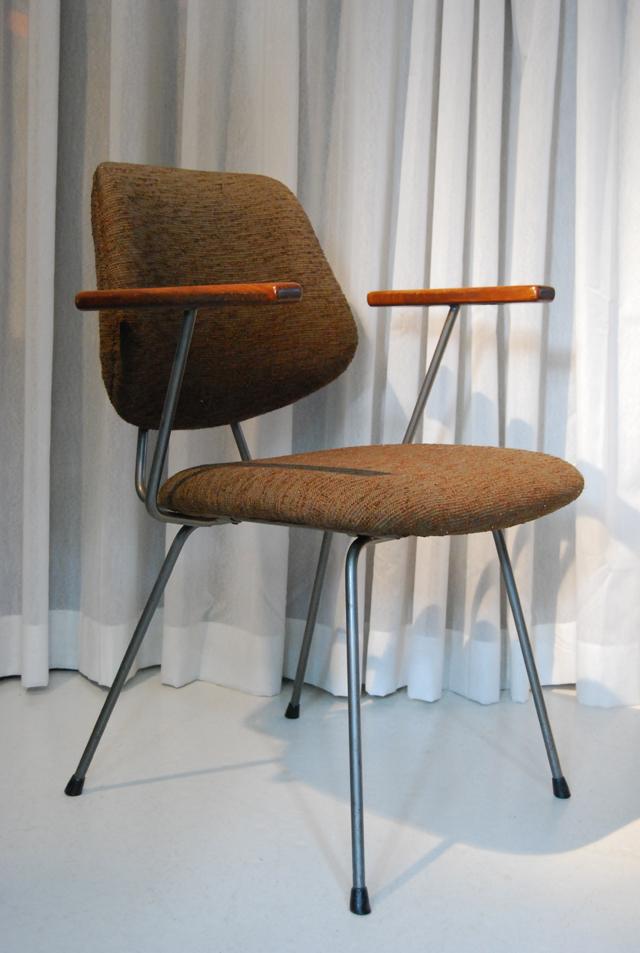 Retro jaren 50 design stoel / Kembo Gispen  DE GELE ETALAGE