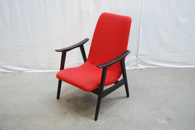 Vintage jaren 60 teakhouten fauteuil met mooie rode stoffering de gele etalage - Mooie fauteuil ...