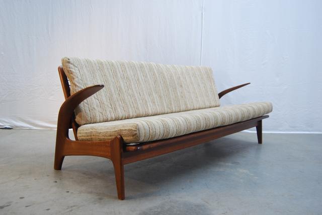 Ongebruikt Jaren 50-60 teakhouten vintage bank /sofa / De Ster Gelderland YH-59