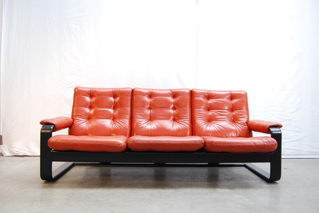 Scandinavische leren bank van lystolet 70 s zweden leather sofa swedish de gele etalage - Bank jaren ...