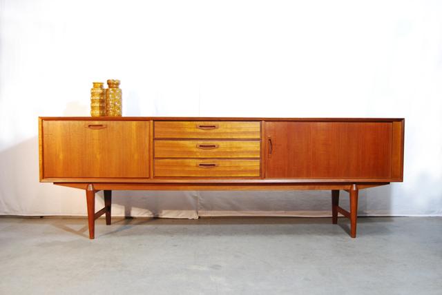 50 Jaren Kast.Jaren 50 Teakhouten Dressoir Servieskast Sideboard Cabinet