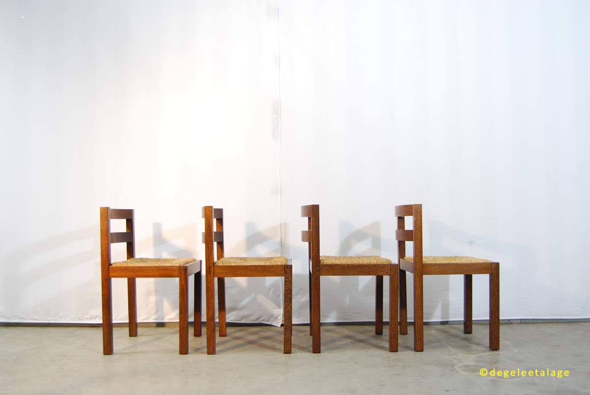 Vintage jaren wenge houten eettafel stoelen met biezen zitting