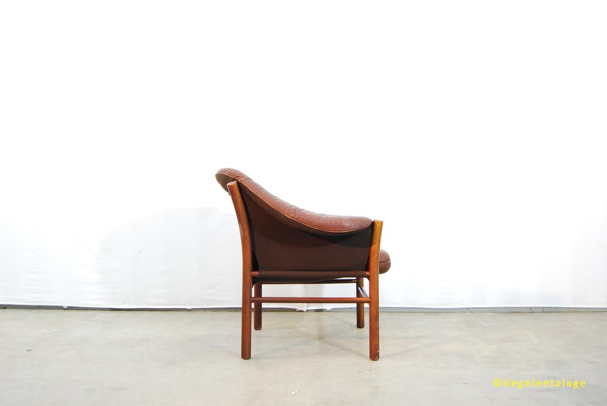 Vintage jaren 60 leren fauteuil G246te M246bel Zweden DE  : F1619 02 DE GELE ETALAGE <strong>Redwood Leather</strong> Chesterfield Sofa from www.degeleetalage.nl size 1200 x 803 jpeg 299kB