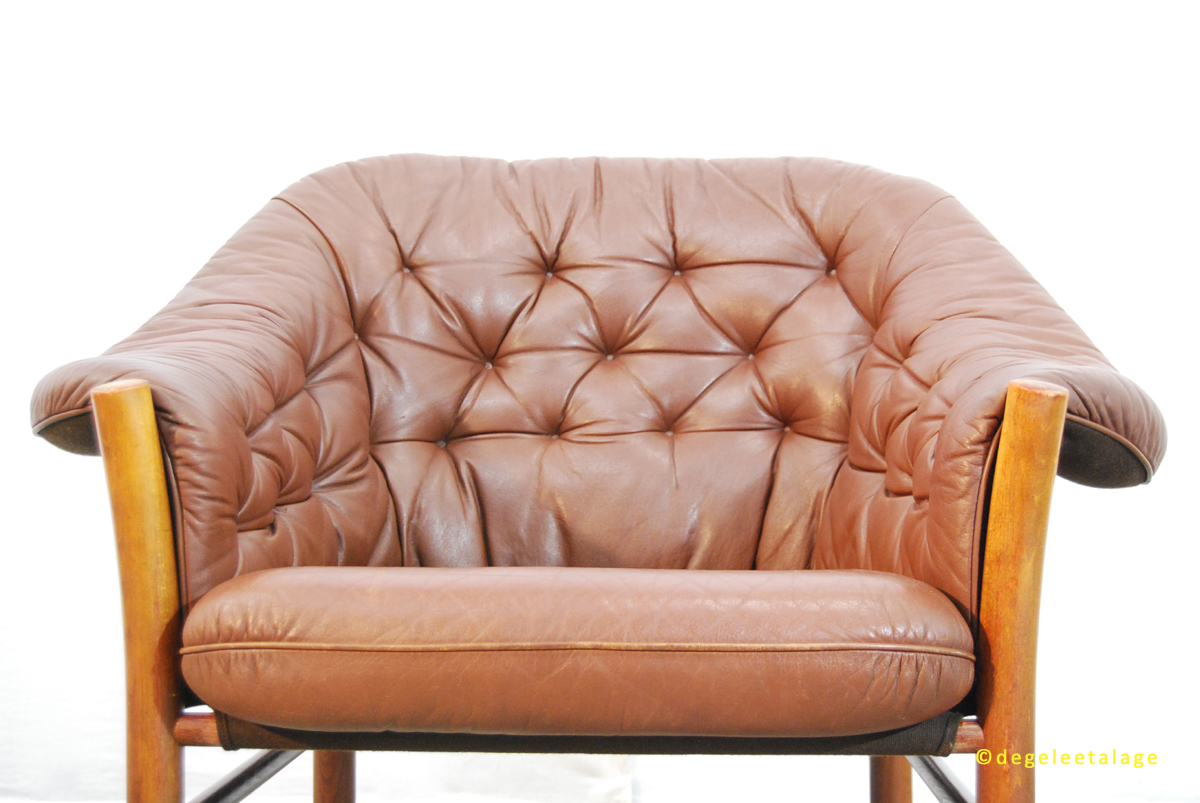 vintage jaren 60 leren fauteuil g te m bel zweden de gele etalage. Black Bedroom Furniture Sets. Home Design Ideas