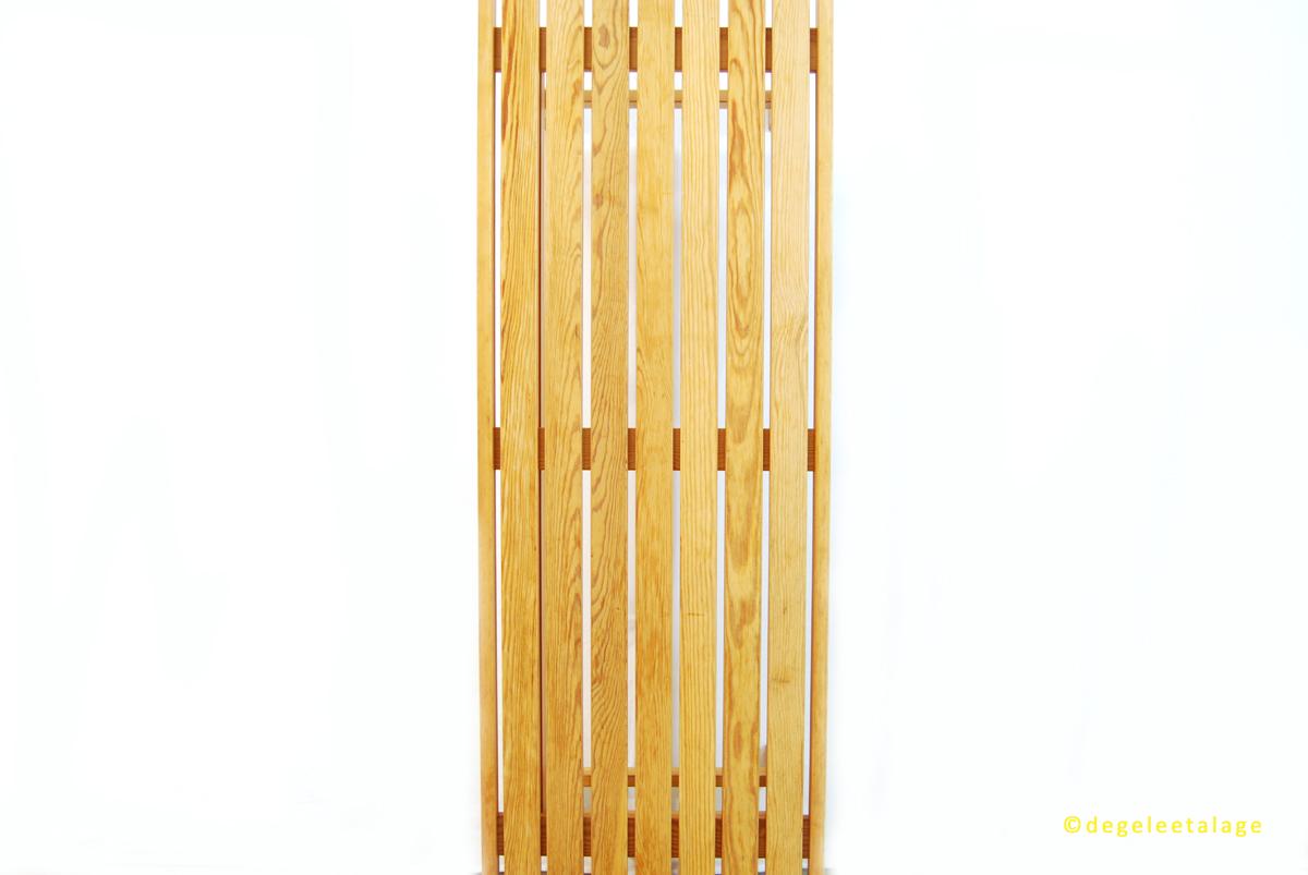 b1602-07-de-gele-etalage
