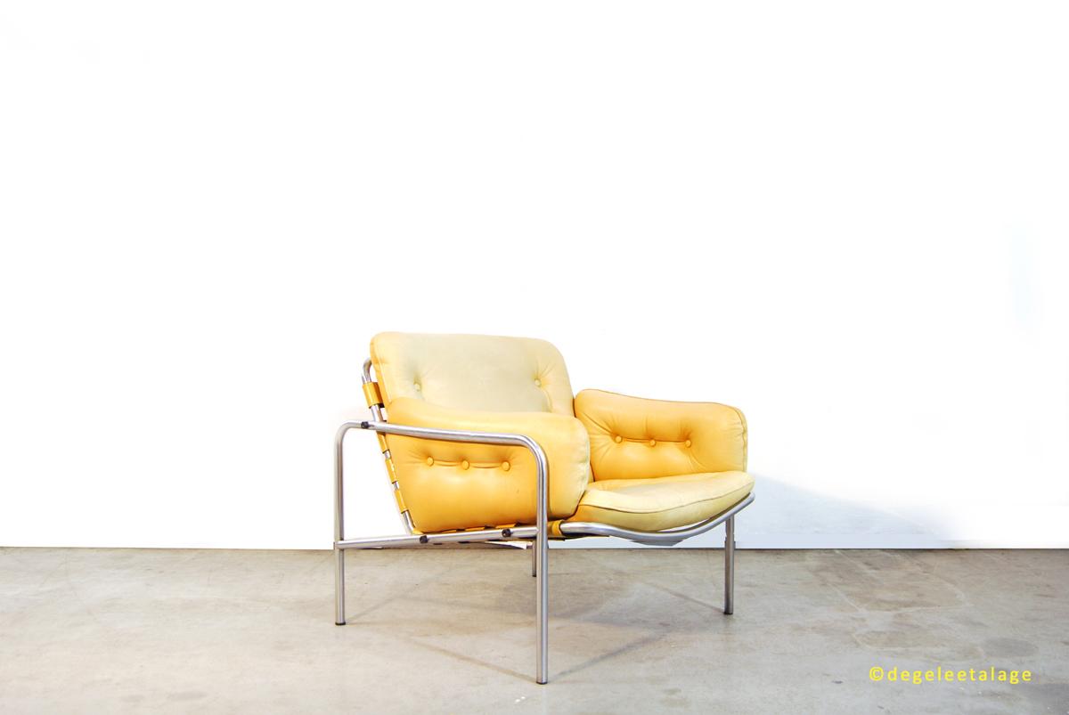 f1635-02-de-gele-etalage-martin-visser