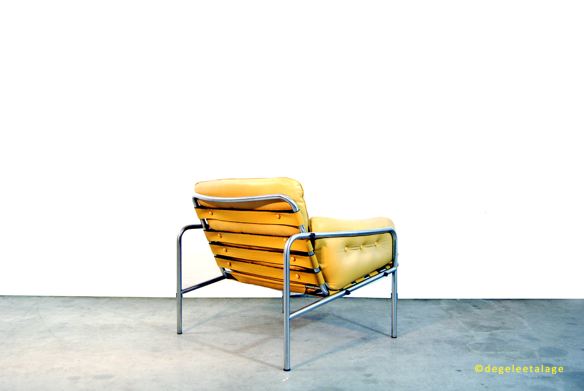 f1635-04-de-gele-etalage-martin-visser