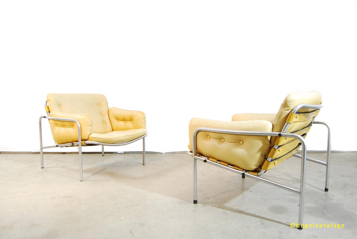 f1635-12-de-gele-etalage-martin-visser