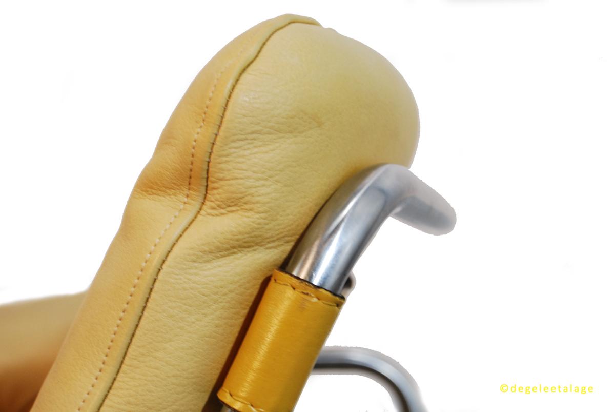f1635-13-de-gele-etalage-martin-visser