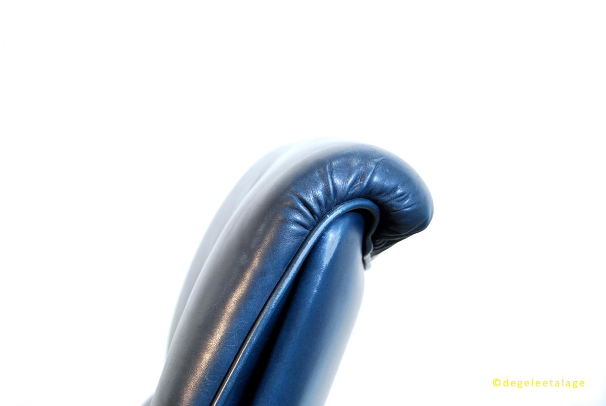 f1638-09-de-gele-etalage-artifort