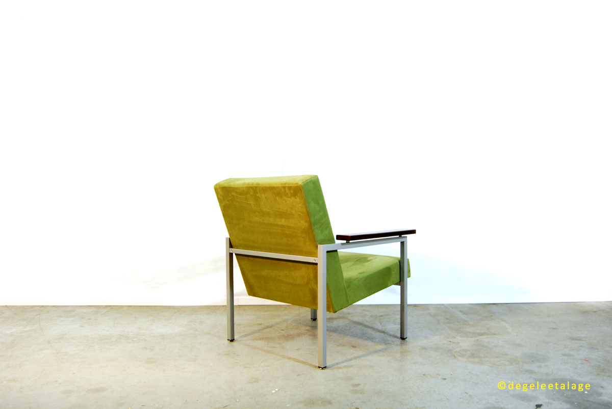 f1642b-03-de-gele-etalage-gijs-van-der-sluis