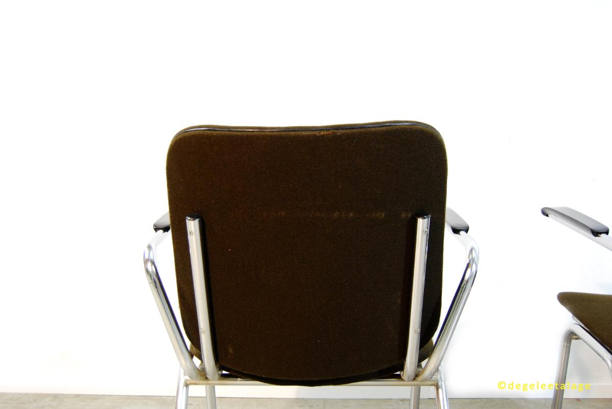 f1644-12-de-gele-etalage-gipsen-de-wit