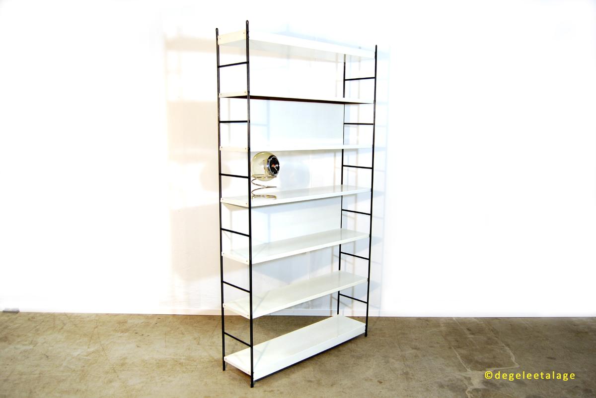 Vintage jaren 60 industriële metalen design boekenkast / roomdivider ...