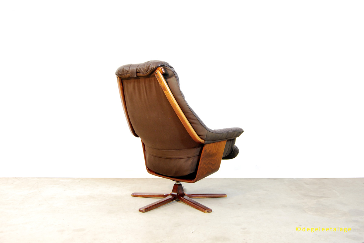 vintage jaren 70 80 lounge draaifauteuil g te m bel zweden de gele etalage. Black Bedroom Furniture Sets. Home Design Ideas
