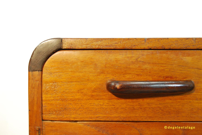 BU1703-08 DE GELE ETALAGE ART DECO