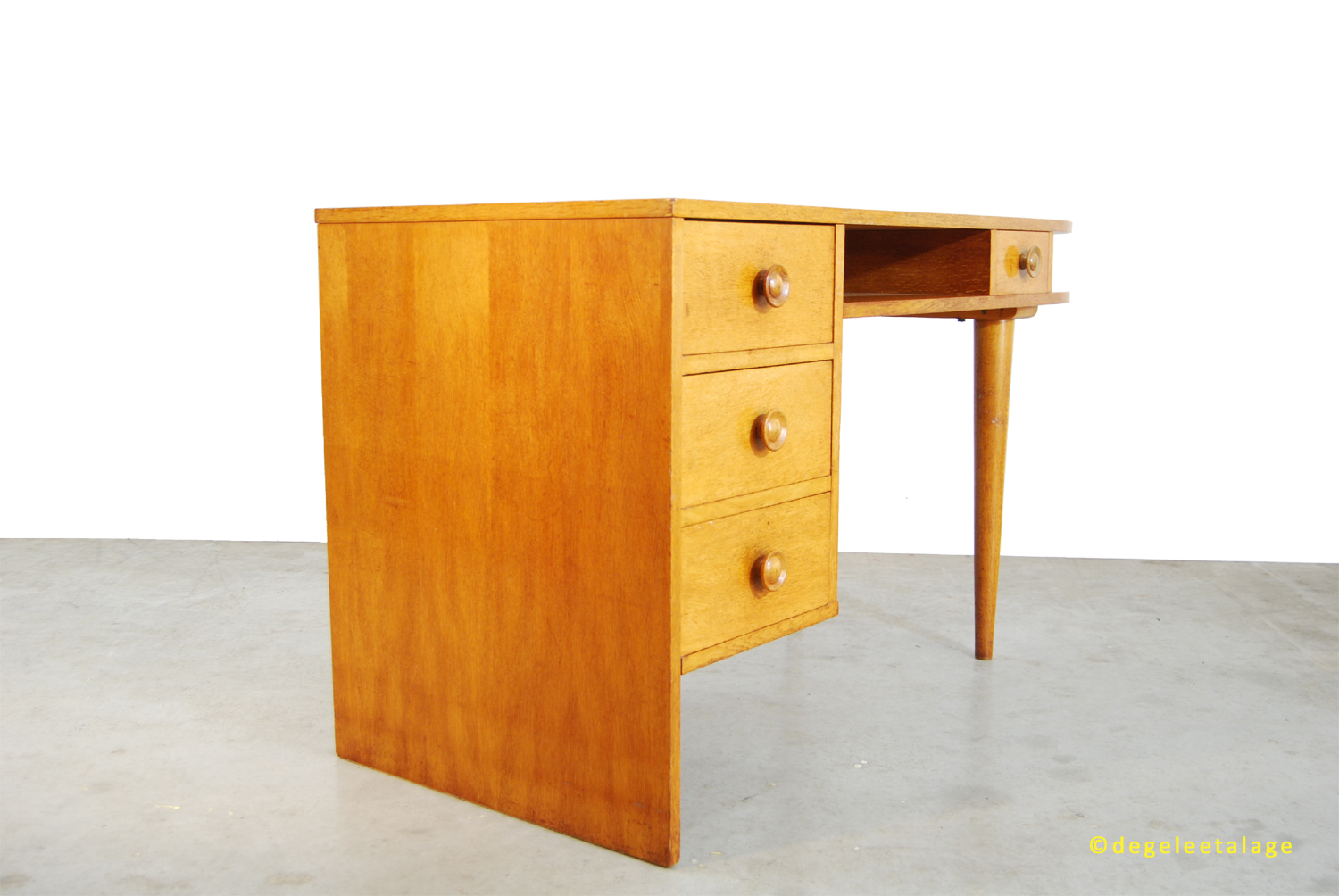 vintage jaren 50 eikenhouten bureau dutch design de. Black Bedroom Furniture Sets. Home Design Ideas